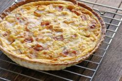 Quiché de bacon y queso emmental