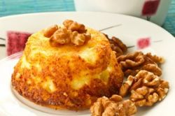 Bizcocho de queso con nueces