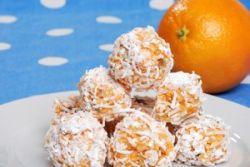 Bolitas crujientes de naranja con coco