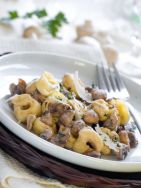 Raviolis con champiñones y queso