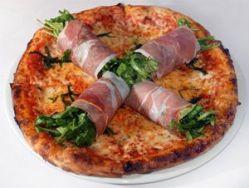 Pizza enrollados de jamón