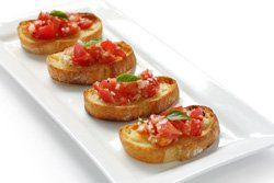 Canapé de tomate con ali-oli