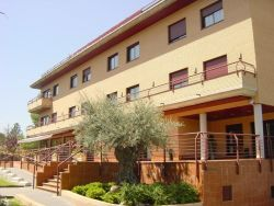 Residencia de tercera edad Atenea-Mirasierra